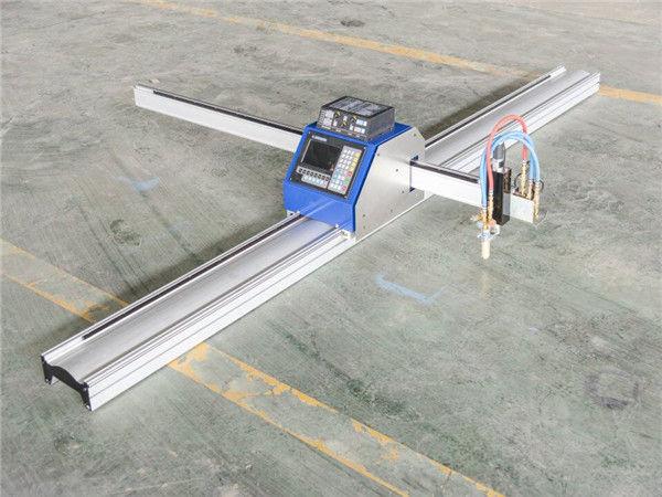 Staalsnijden goedkope cnc plasmasnijmachine 1530 IN JINAN geëxporteerd wereldwijd CNC